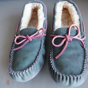 UGG Australia DAKOTA suede moccasin slippers US6.5
